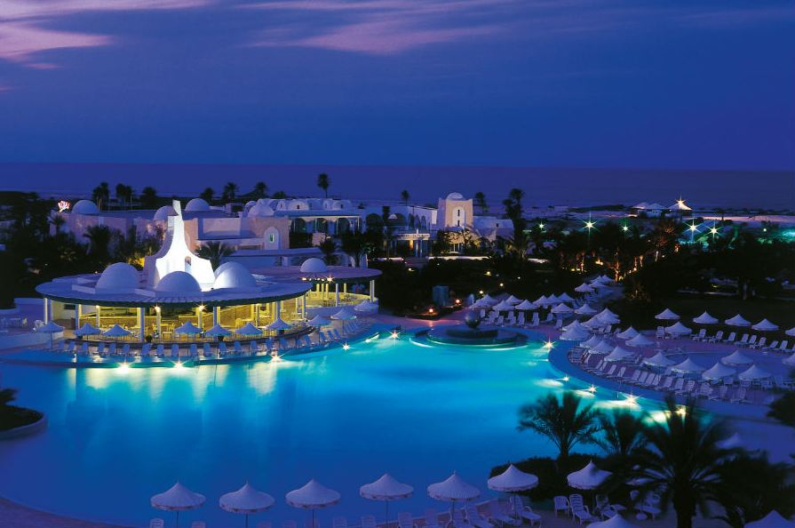 Voyage de luxe djerba s jour de luxe djerba for Hotel piscine londres
