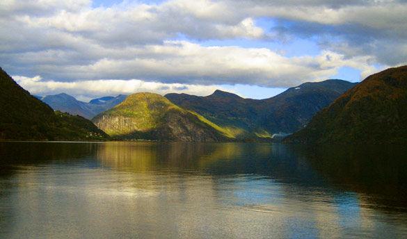 Circuit Petit Tour Entre Fjords et Trolls 3*