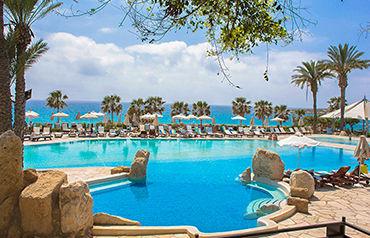 Coral beach hotel et resort 5*