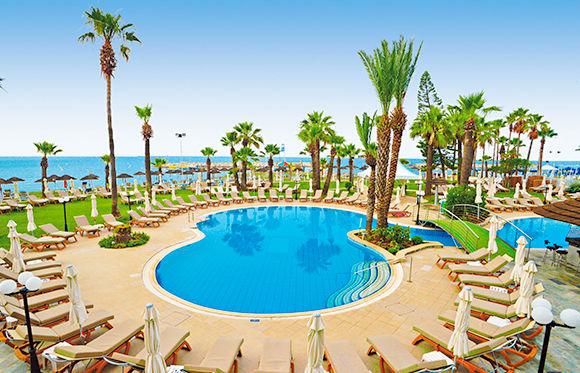 Hôtel The Golden Bay Beach 4*