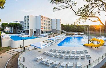 Hôtel Club Adria 3*