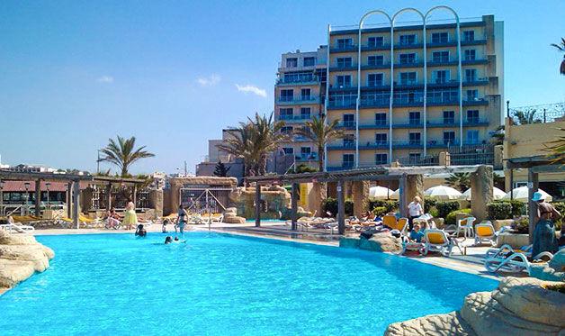 Hôtel Sunny Coast Resort 4*