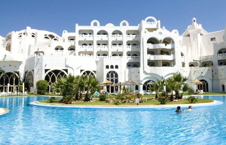 Hôtel lella baya 4*