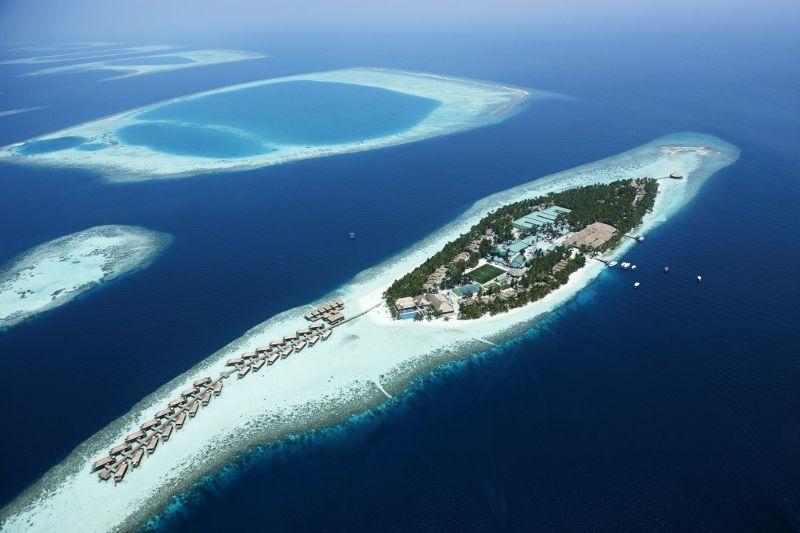 Hôtel vilamendhoo island resort et spa 4*