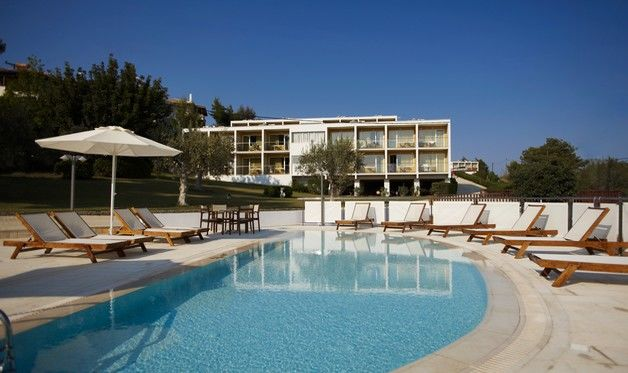 Hôtel nautica bay 3*