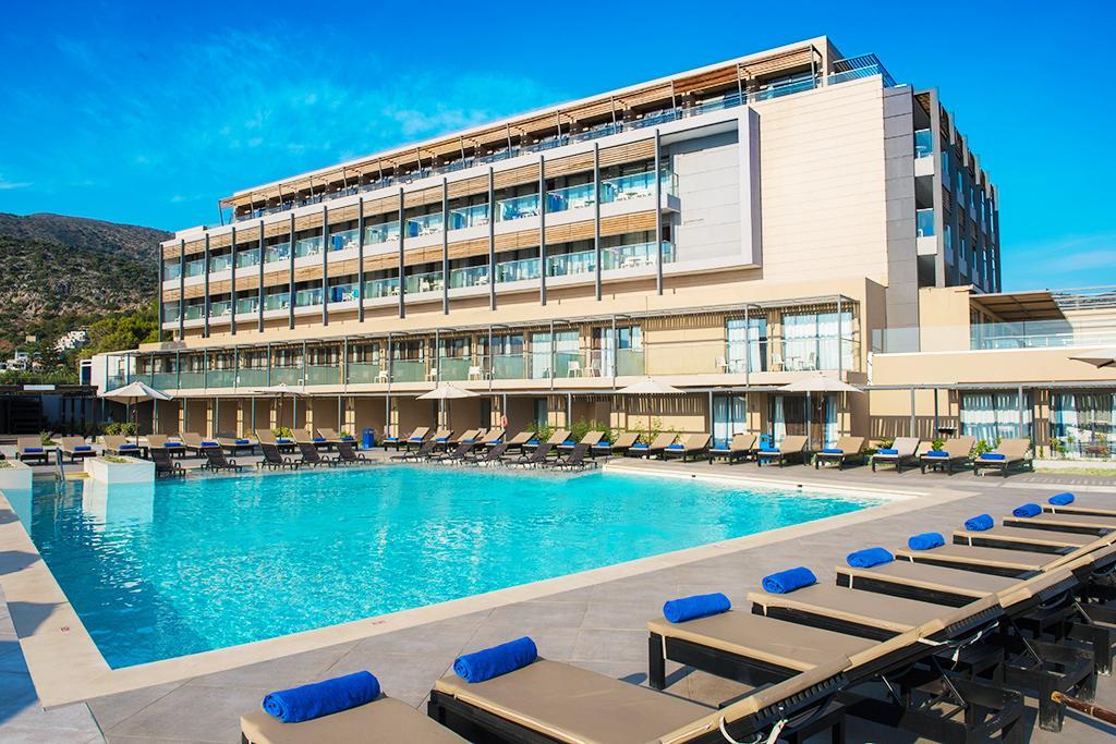 Hôtel I Resort 5*