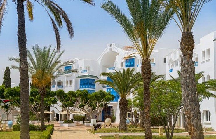 Hôtel mirage beach club 4 *